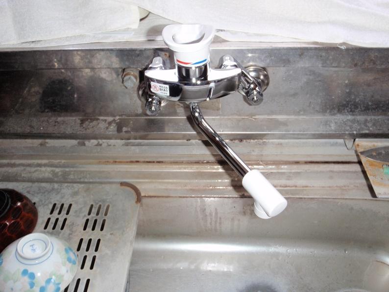 台所蛇口交換 水漏れ修理 シングルレバー水栓交換 KVK 群馬県みどり市岩宿町