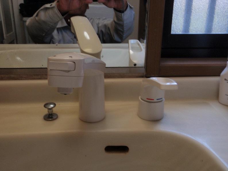 洗髪シャワー水栓交換工事 蛇口交換工事 洗面台水洗交換工事  KVK 伊勢崎市
